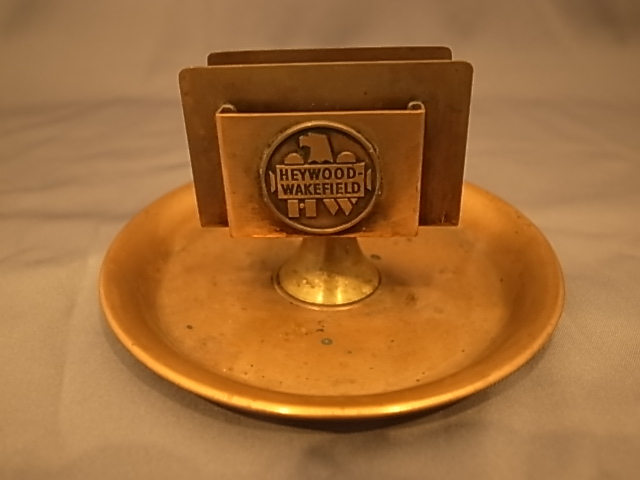 HEYWOOD WAKEFIELD VINTAGE ASHTRAY